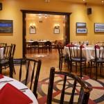 Le lionceau est un grand salon double. Nous pouvons garder les portes ouvertes ou diviser l''espace à votre convenance.